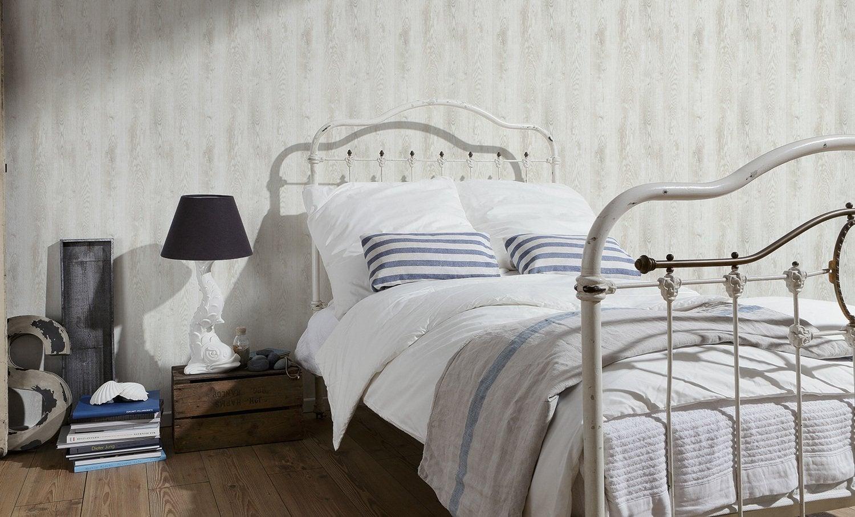 awesome donner un air cosy la chambre avec ce papier peint impression bois with stickers chambre. Black Bedroom Furniture Sets. Home Design Ideas