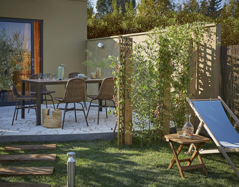 la terrasse parfaite pour des repas sympas leroy merlin. Black Bedroom Furniture Sets. Home Design Ideas