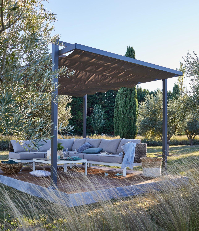 Jardin Sur Une Terrasse une tonnelle autoportante au milieu du jardin | leroy merlin