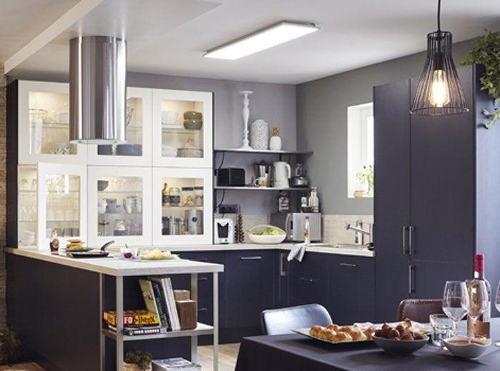 Perfect sources de lumire dans la cuisine with fenetre for Fenetre bandeau cuisine