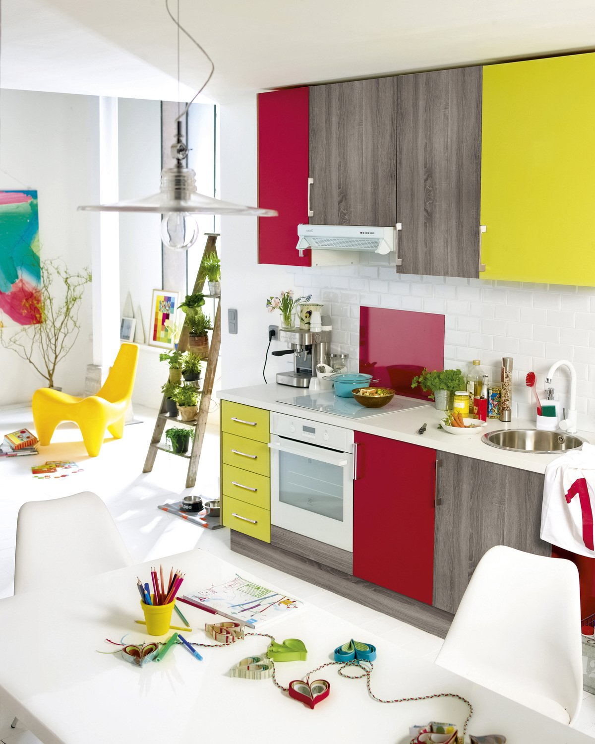 Patchwork de couleurs en cuisine leroy merlin for Leroy merlin cuisines