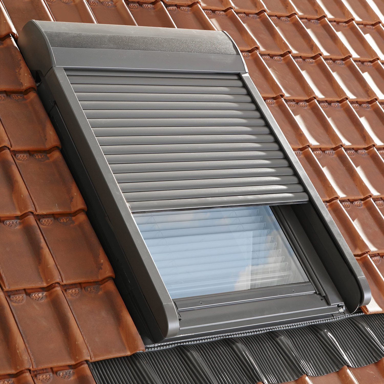 volet fen tre de toit roulant lectrique velux sml ck02. Black Bedroom Furniture Sets. Home Design Ideas