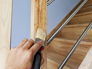 r nover et entretenir un escalier en bois leroy merlin. Black Bedroom Furniture Sets. Home Design Ideas
