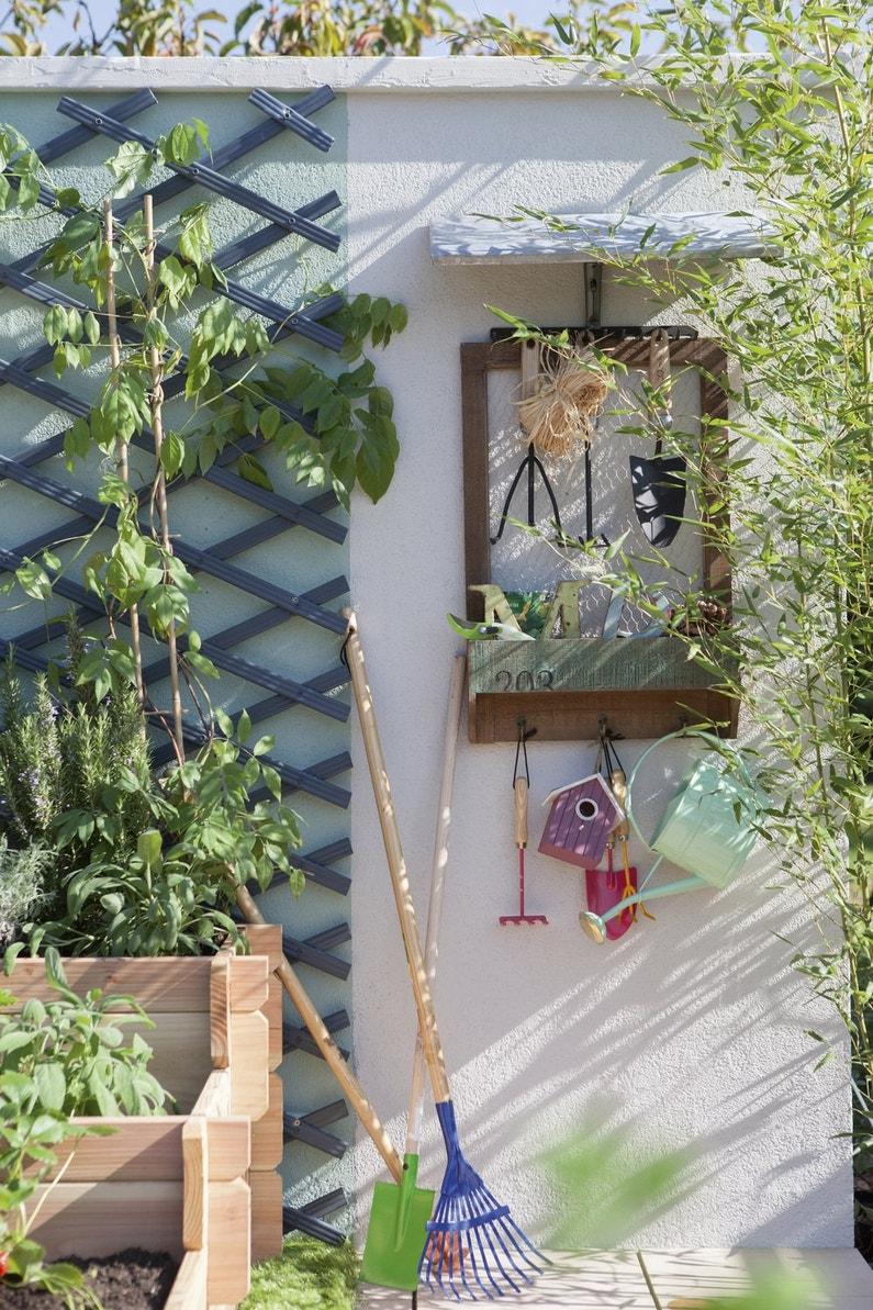 une astuce pour ranger tout ses outils de jardinage. Black Bedroom Furniture Sets. Home Design Ideas