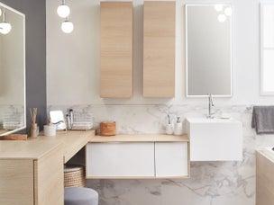 une salle de bains gain de place tout confort leroy merlin. Black Bedroom Furniture Sets. Home Design Ideas