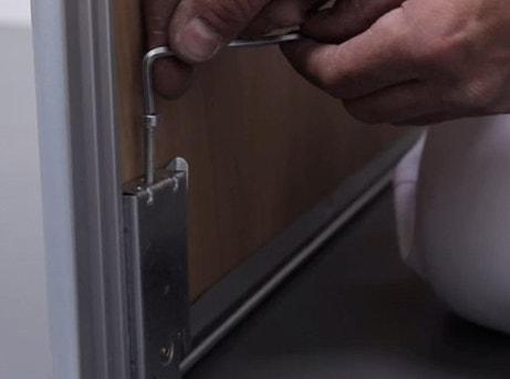 Comment Installer Des Portes De Placard Coulissantes