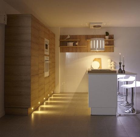 Une cuisine à l'éclairage bien pensé