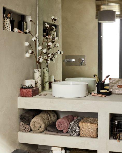 Béton ciré dans la salle de bains | Leroy Merlin