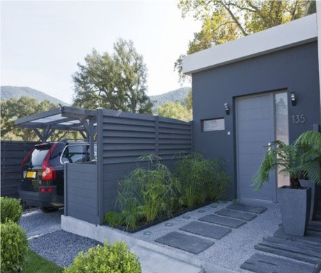 Bien choisir son garage ou son carport leroy merlin - Garage exterieur metal ...
