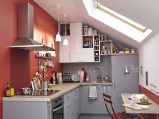 une cuisine vert pastel et blanche qui allie design et formes graphiques leroy merlin. Black Bedroom Furniture Sets. Home Design Ideas
