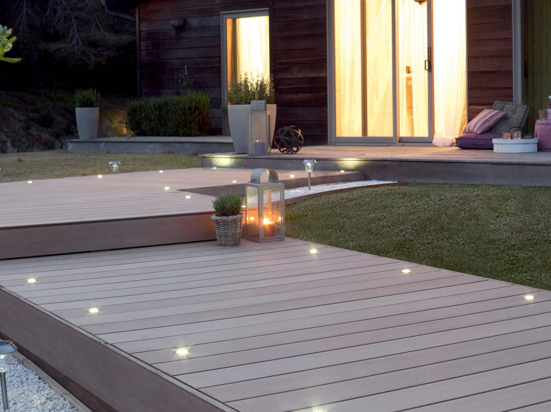 Pose d 39 une terrasse en bois ou composite de 15 m leroy - Terrasse leroy merlin composite ...