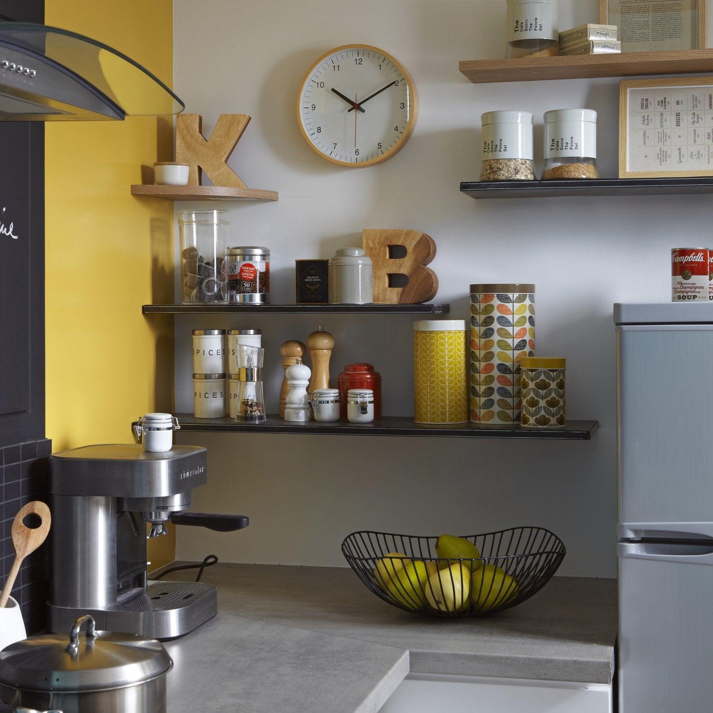 Cuisine avec etagere deco mur cuisine brilliant cuisine for Cuisine avec etageres murales