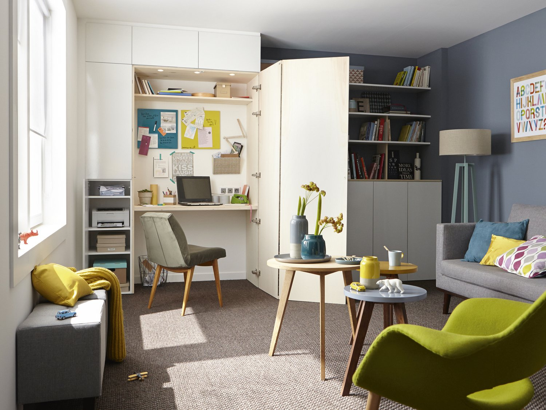 optimiser l 39 espace en int grant un bureau dans un placard. Black Bedroom Furniture Sets. Home Design Ideas