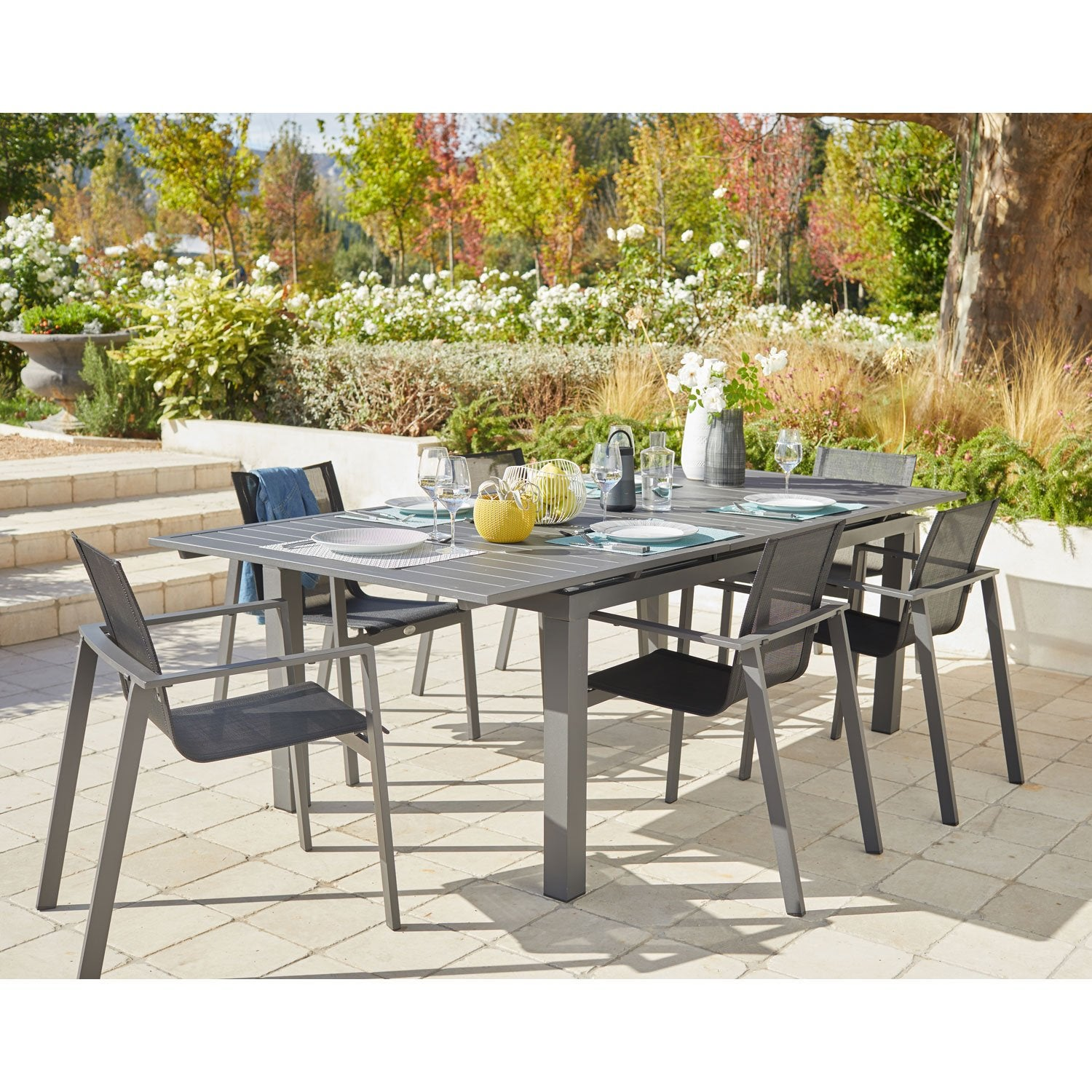 Salon de jardin miami aluminium gris anthracite 6 for Salon de jardin 6 personnes