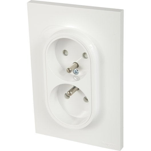 double prise avec terre odace schneider electric blanc. Black Bedroom Furniture Sets. Home Design Ideas