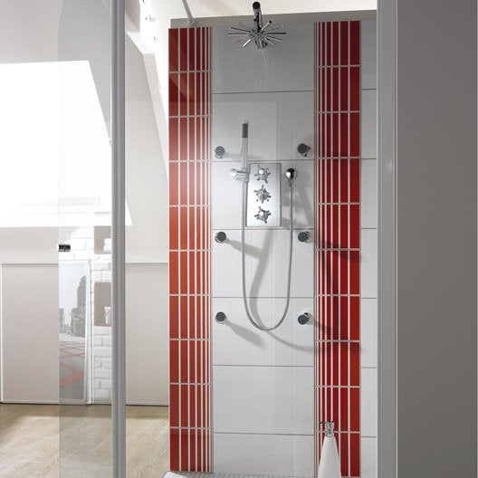 Pose d 39 un combin de douche par leroy merlin leroy merlin for Ensemble de douche leroy merlin