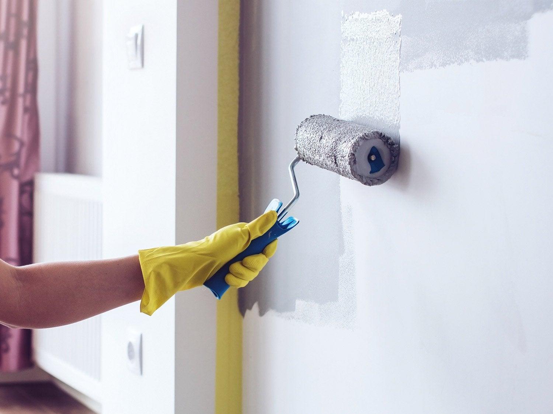 Comment pr parer un mur avant de le peindre leroy merlin - Comment repeindre un mur ...