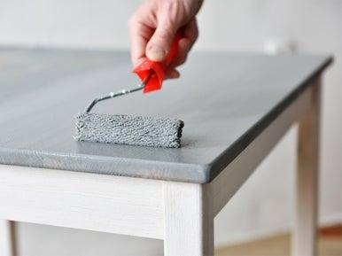 Peindre un meuble leroy merlin for Peindre un meuble en agglomere