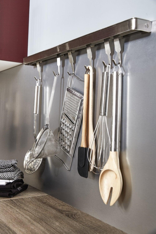 accessoires de cuisine design cheap accrocher un tableau sans faire de trou accessoires cuisine. Black Bedroom Furniture Sets. Home Design Ideas
