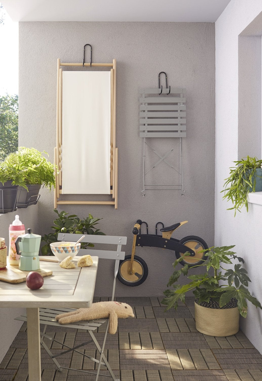 des dalles clipsables bois pour votre terrasse leroy merlin. Black Bedroom Furniture Sets. Home Design Ideas