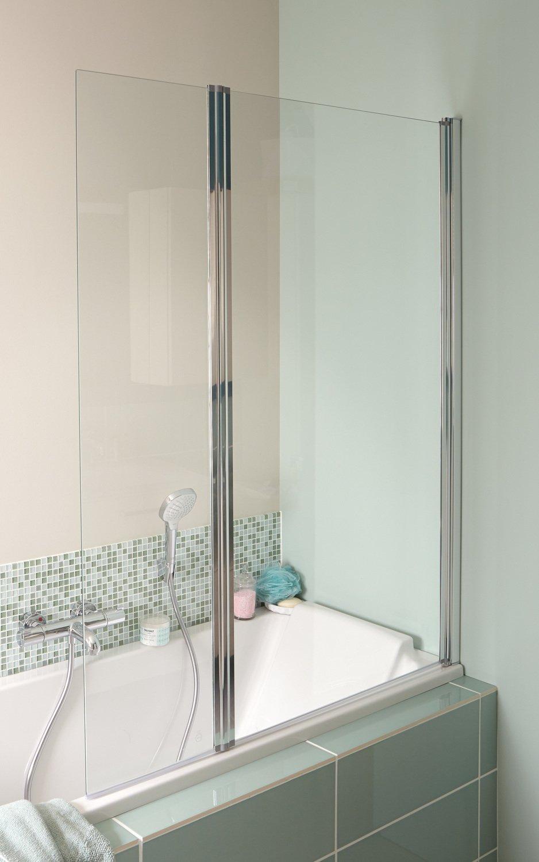 une paroi de douche transparente dans une baignoire moderne leroy merlin. Black Bedroom Furniture Sets. Home Design Ideas
