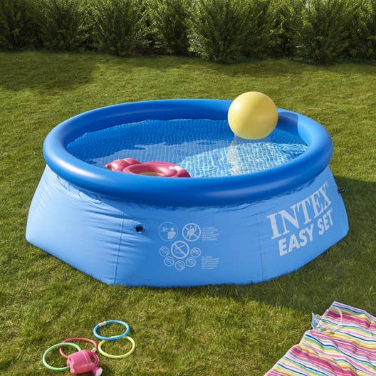 Piscine hors sol autoportante gonflable easy set intex x h for Piscine hors sol jardin