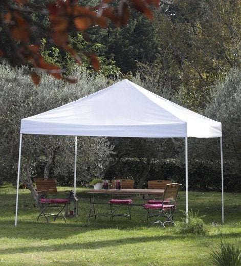 Tout savoir sur les tonnelles tentes et velums de jardin for Tente de jardin leroy merlin