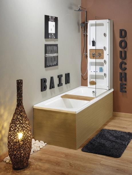 Une salle de bains zen avec une baignoire douche balnéo