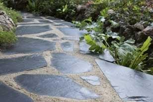 Bien choisir sa terrasse en b ton ou en pierre leroy merlin - Pose pierre naturelle exterieur ...