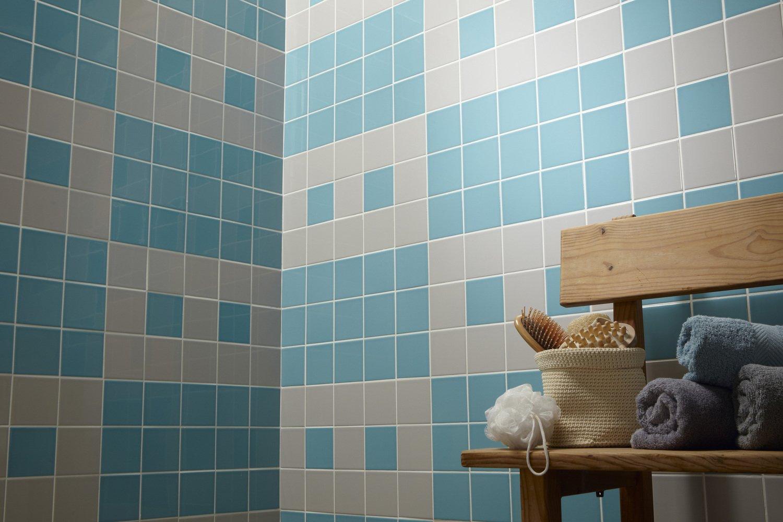 du carrelage mural bleu et gris motifs jeux vid os leroy merlin. Black Bedroom Furniture Sets. Home Design Ideas