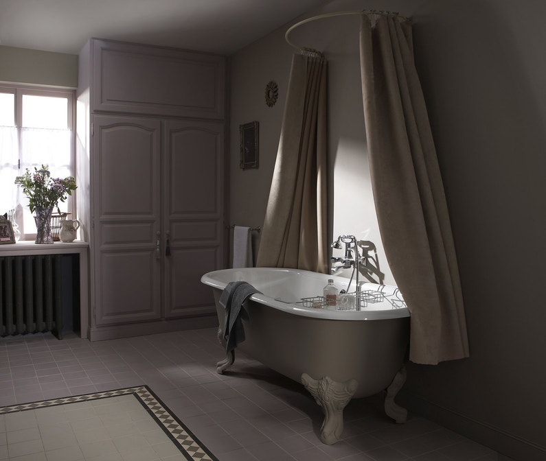 salle de bains au charme r tro leroy merlin. Black Bedroom Furniture Sets. Home Design Ideas