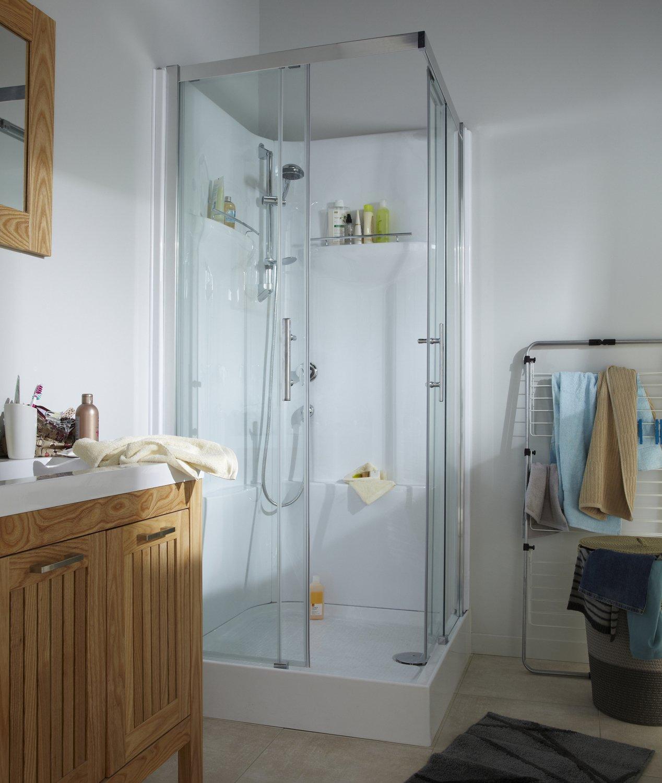 une cabine de douche sp ciale gain de place leroy merlin. Black Bedroom Furniture Sets. Home Design Ideas