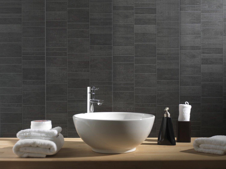 ce lambri en pvc effet carrelage pour habiller votre salle de bains leroy merlin. Black Bedroom Furniture Sets. Home Design Ideas