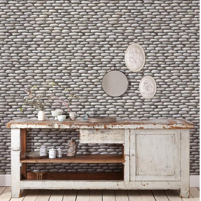 Papier peint vinyle expansé Mur de galets gris clair | Leroy Merlin