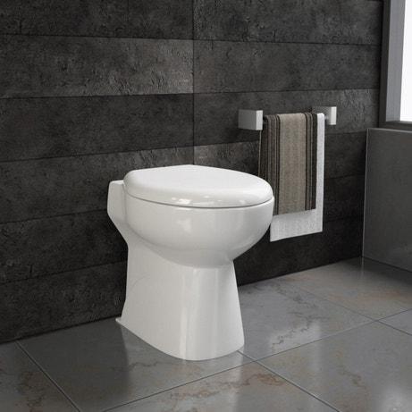 WC en céramique avec broyeur intégré