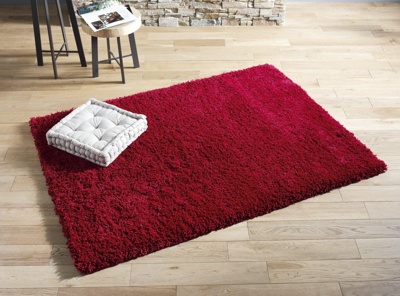 Un tapis rouge rectangulaire pour votre salon | Leroy Merlin