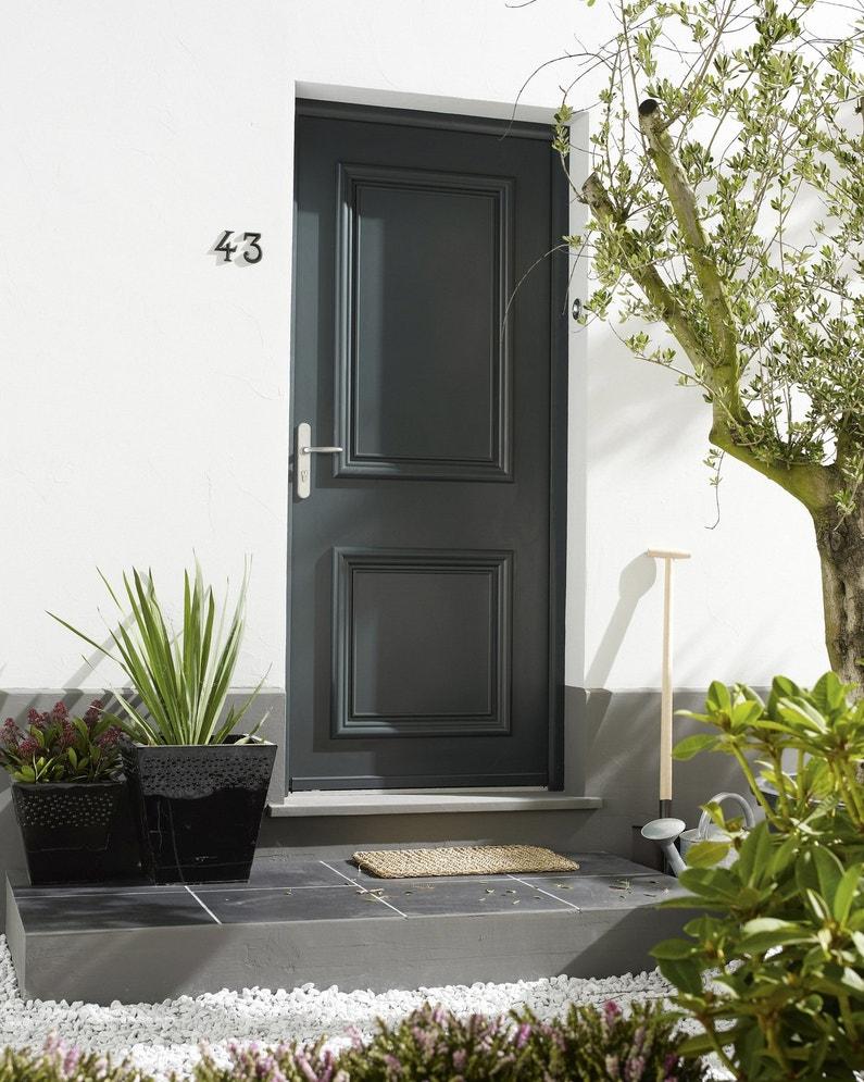 Vos portes d 39 entr e chics ou classiques for Prix porte maison exterieur