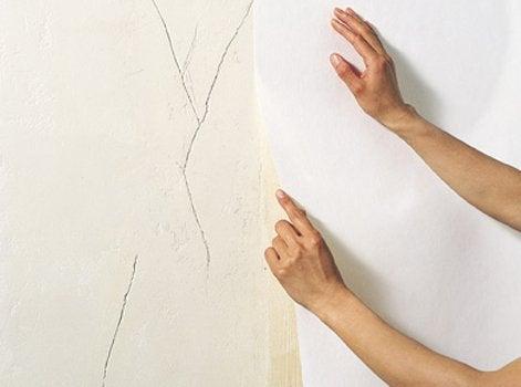 Agreable Bien Choisir Son Rev Tement Mural Leroy Merlin Peindre Un Mur Abime