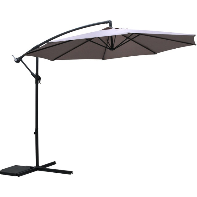 un parasol d port pour plus de confort leroy merlin. Black Bedroom Furniture Sets. Home Design Ideas