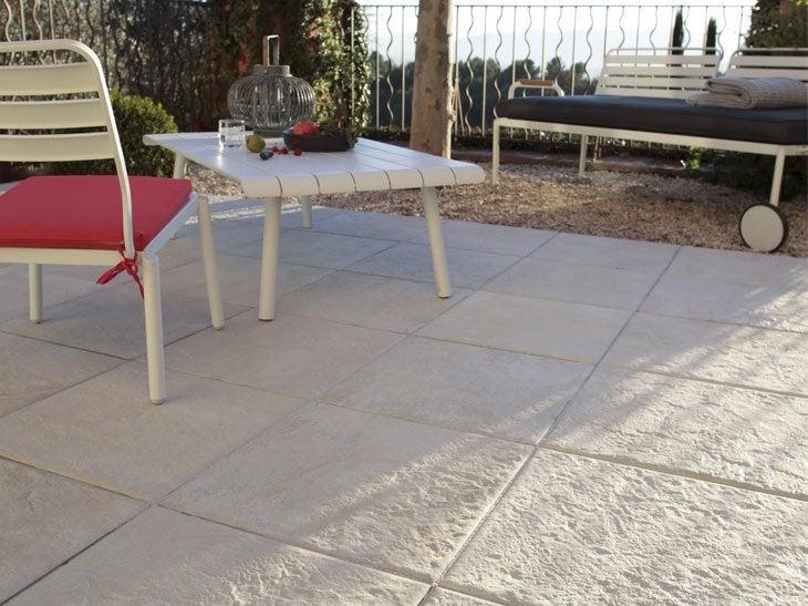 Carrelage beton anthracite pour tous vos travaux amiens for Peinture pour carrelage exterieur