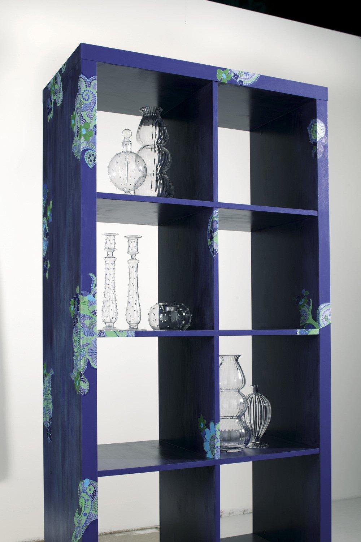customisez un meuble avec du vernis colle leroy merlin. Black Bedroom Furniture Sets. Home Design Ideas
