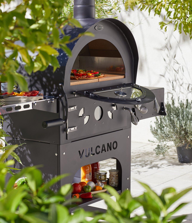 Un Four A Pizzas Qui S Installe A L Exterieur Leroy Merlin