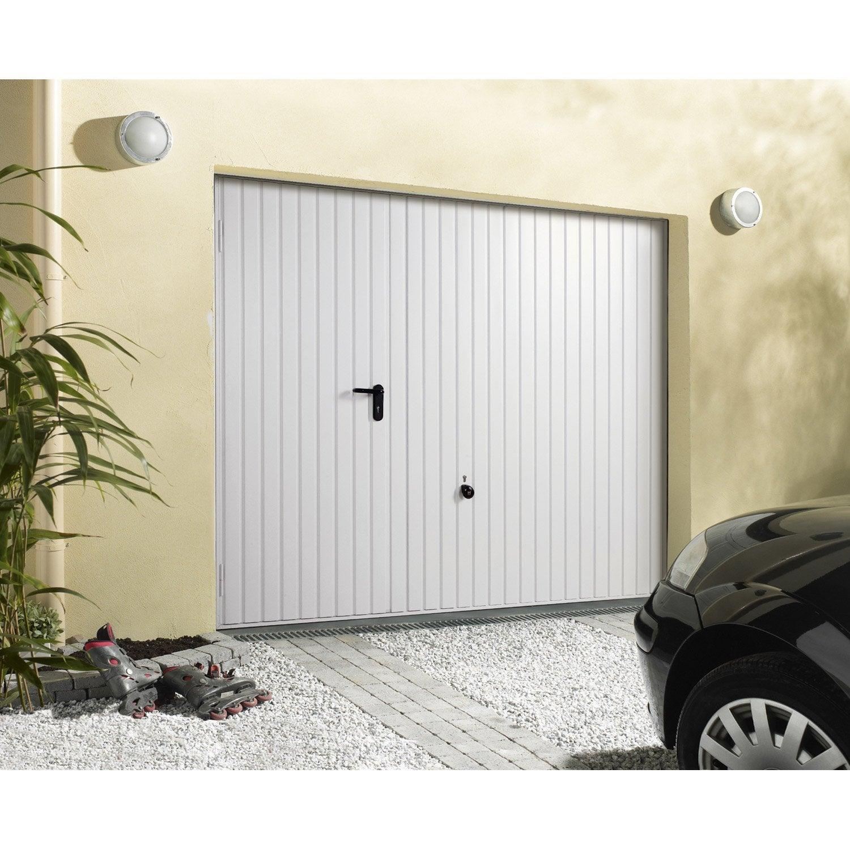porte de garage sectionnelle basculante porte de garage avec portillon au meilleur prix. Black Bedroom Furniture Sets. Home Design Ideas