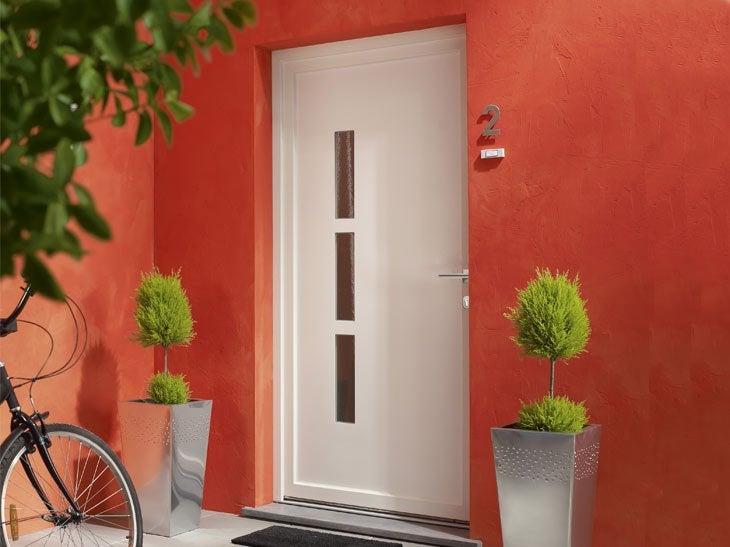 Portes d 39 entr e sur mesure votre projet cl en main for Capitonner une porte d entree