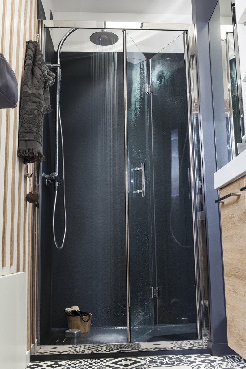 douche l 39 italienne dans un petit espace leroy merlin. Black Bedroom Furniture Sets. Home Design Ideas