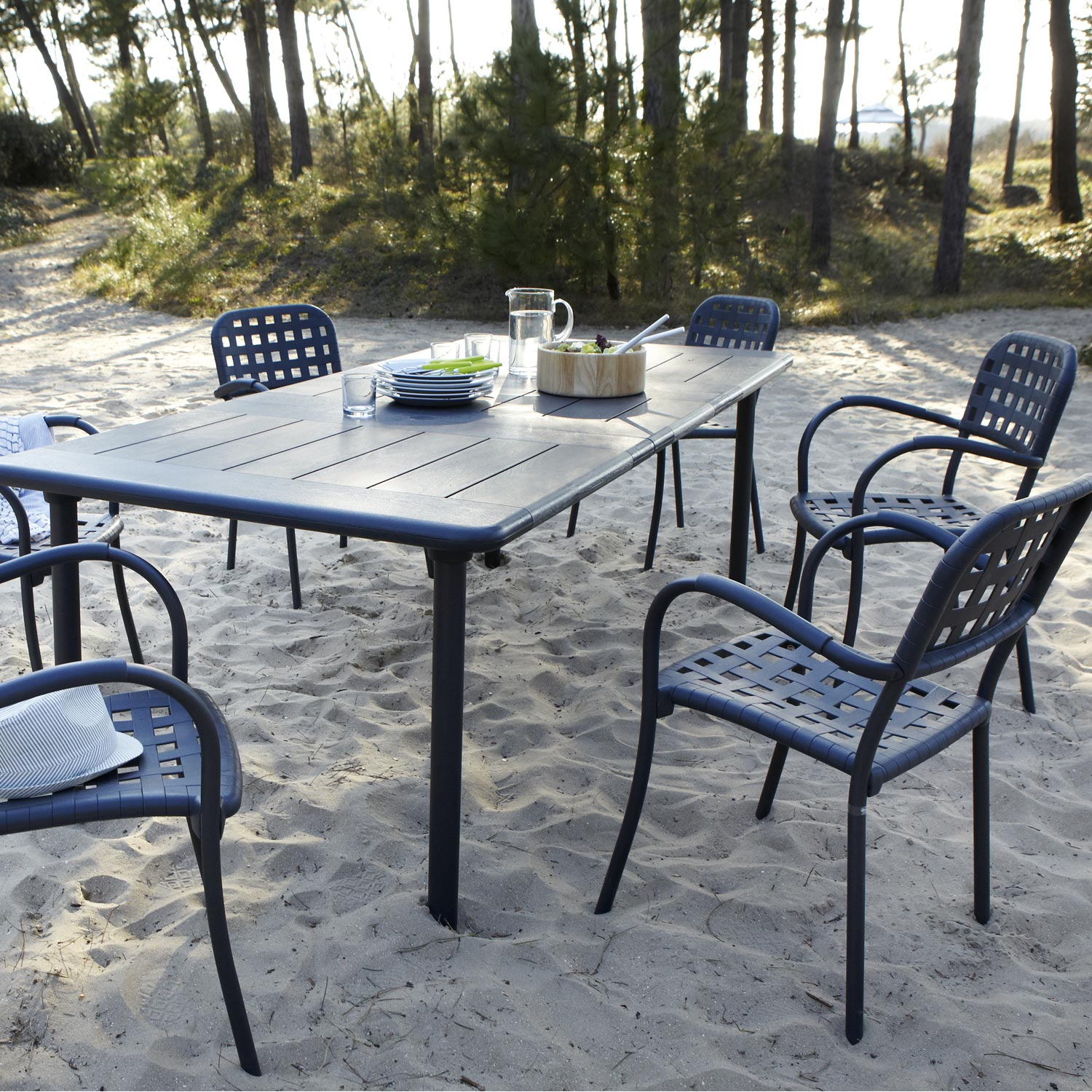 Best table de jardin en resine libeccio grise anthracite for Chaise jardin gris anthracite