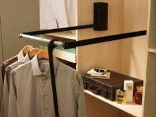 tout savoir sur les accessoires de dressing leroy merlin. Black Bedroom Furniture Sets. Home Design Ideas