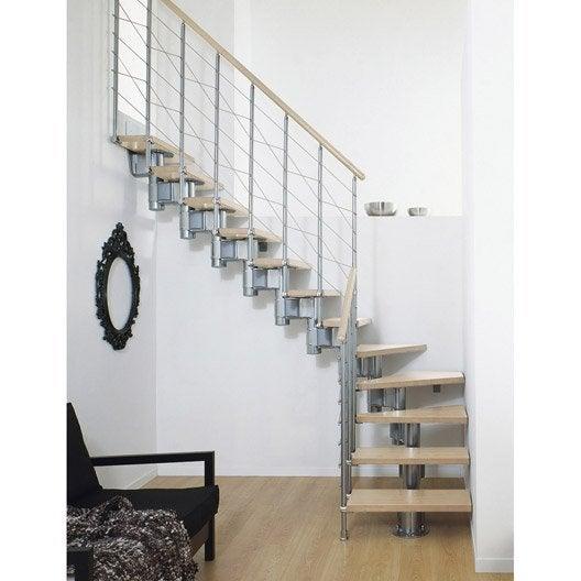 Escalier modulaire long structure m tal marche bois for Escalier interieur leroy merlin