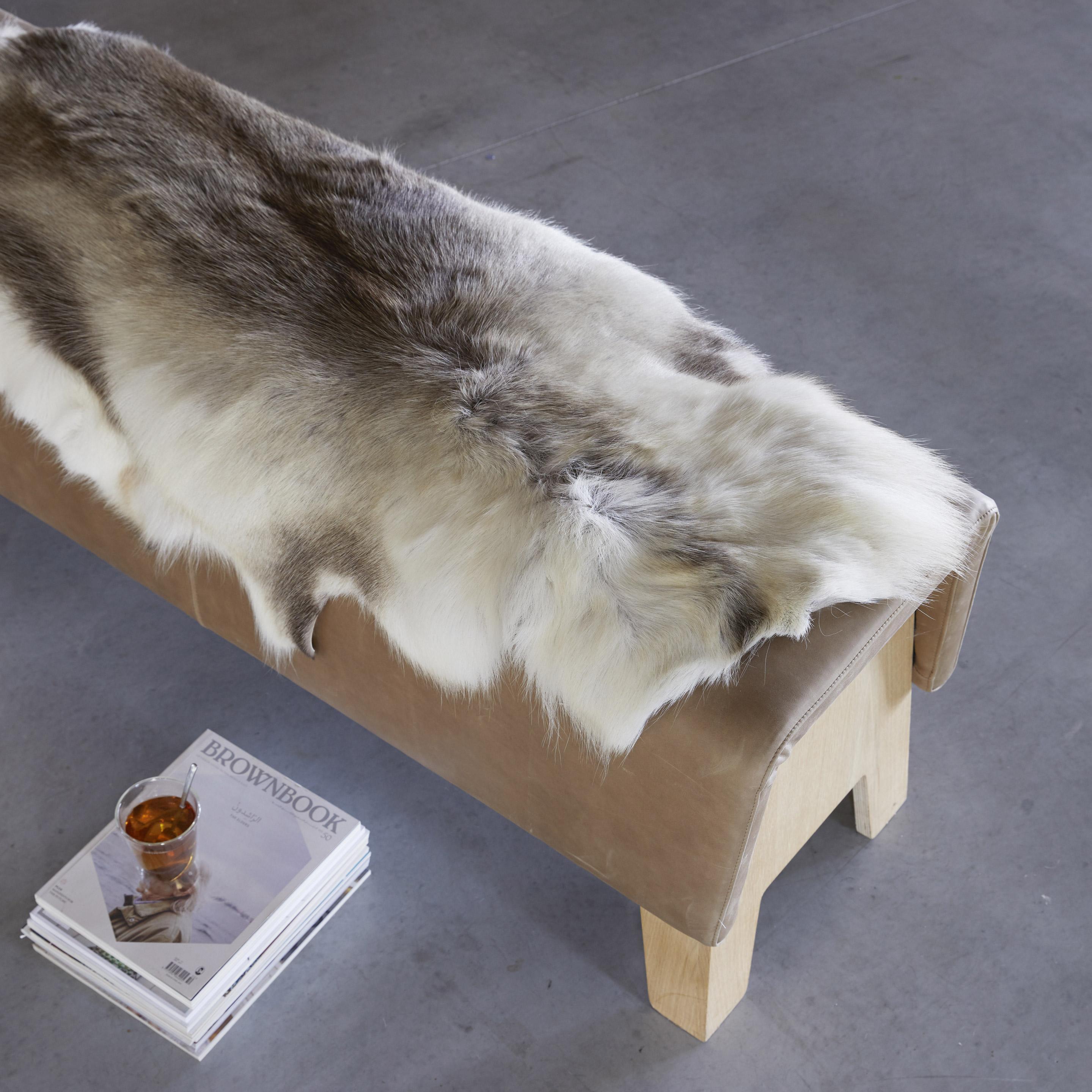 Tapis peau de renne gris