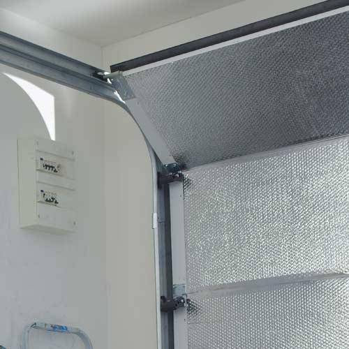 Isolation isover knauf ursa isolation thermique mur combles cloison toiture leroy merlin - Porte interieur isolation phonique ...